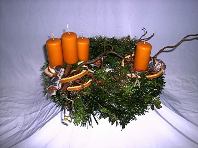 Advent- Kranz orange (asymmetrisch )