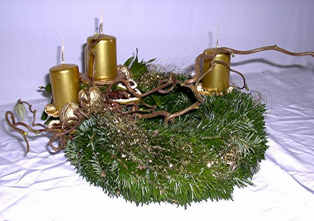 Advent- Kranz gold (asymmetrisch)
